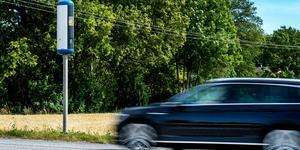 """""""På 90-80-70-60 har man också nästan lika stor risk att råka ut för en olycka med dödlig utgång, varifrån kommer antagandet att sänkt hastighetsbegränsning räddar liv?! """" Foto: Marcus Ericsson/TT"""