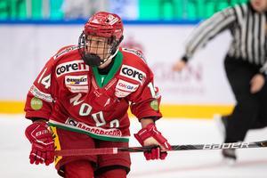 Sofia Engström, Modos landslagsback, var inblandad i AIK:s viktiga kvitteringsmål till 2–2. Bild: Daniel Eriksson/Bildbyrån