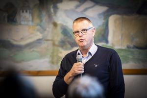 Peter Ladan meddelade i september att han lämnar posten som kommunchef mindre än ett år efter att han presenterades. Ladan lämnar tjänsten på grund av hälsoskäl.
