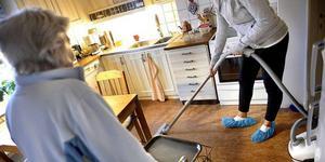Många äldre på särskilda boenden i Härjedalen känner sig ensamma och tycker att det finns för få aktiviteter.
