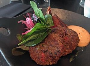 Vegetariska krämiga biffar.Foto: Lunchkollen