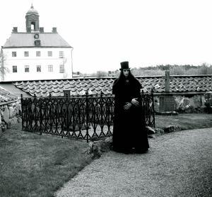 Walter Tölg vid Ängsö slott. Foto: Linn Karlsson