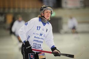 Nils Bergström var pigg mot Vänersborg och noterades för tre assist.