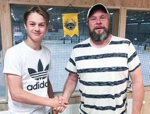 14-åringen Lucas Forsell har tagit en plats i FAIK:s A-lag. Foto: Fagersta AIK