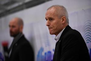 Roger Forsberg blir kvar i Småland. Ny klubbadress blir klassiska Troja/Ljungby, i division 1.