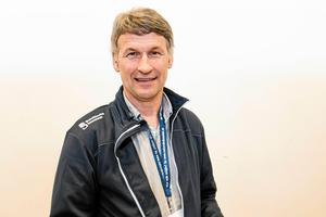 Lars-Erik Återgård på kommunen har varit med och ta fram ett förslag om en ny friidrottshall.