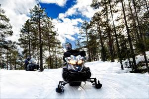 Intresset för snöskotrar är stort i Örnsköldsviks kommun.