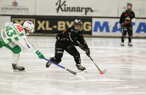 Joel Engström glänste mot VSK under säsongen och kan bli en intressant värvning för Grönvitt med sin snabbhet.