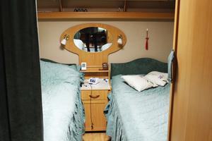 Sovplats för en husvagnscampare.