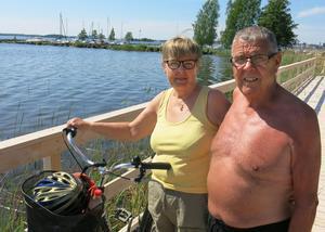 Margit och Raj Degerlund följde vattnet hela vägen från Trumslagarbacken, både längs Svartån och Mälaren.