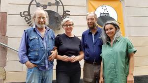 Konstnärerna Lars Bjursell, Karin Tyrefors, Karl Leisenberger och Miro Sazdic samt Cecilia Bonde (ej med i bild) har nyligen blivit invalda i Södertälje konstnärskrets (Kretsen)
