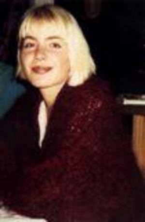 31-åriga Pernilla Hellgren blev mördad i Falun i juni 2000. Anders Eklunds namn fanns med bland tipsen kring mordet. Foto: Privat