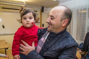 Masa Alobeed hade med sig sina fyra barn till kulturkalaset.