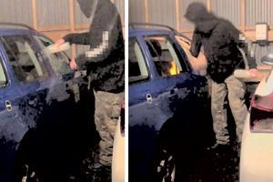 I en av de beslagtagna filmerna ses den äldre tonåringen krossa rutorna till en av hemtjänstens bilar som stod parkerad i en carport tillsammans med flera andra tjänstebilar. Därefter sprutar killen in aceton på sätet och tänder eld. Bild: Polisens förundersökning