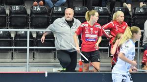 Tommy Häggström slutar som tränare för Örnsköldsvik IBK.
