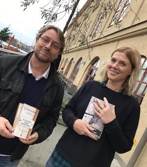 Björn Sandmark, teaterchef för Göteborgs stadsteater, har varit redaktör för Sceningång. Han skriver även regelbundet krönikor och litteraturkritik på DD:s kultursidor. Foto:   Korpen förlag