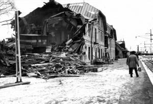 Knappt 100 år senare, 1973, beslöt ägaren SJ att huset hade gjort sitt och det revs. Då fanns det ingen hotellverksamhet på orten.