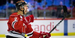 Efter flera år i AHL och senast KHL har Rasmus Rissanen hittat hem hockeymässigt och med livet i Örebro. Och det faktum att han trivs avspeglas också i prestationerna på isen. Nu har finländaren skrivit på för två år till i Närke. Bild: Johan Bernström/Bildbyrån