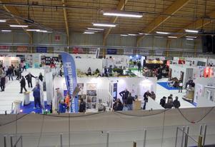 Ishallen blir mässhall för Expo Orsa under lördagen och söndagen. Totalt 124 utställare är på plats, inomhus och utomhus.
