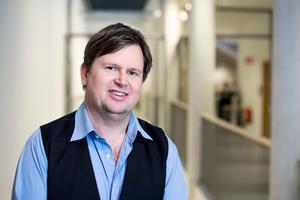 Joakim Johansson, docent i statsvetenskap vid Mälardalens högskola. Foto: Jonas Bilberg/MDH