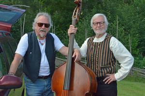 Två av de tre medlemmarna i FHS, Staffan Skäre och Arne Holmberg. Den senare även programansvarig på Norrbostämman.