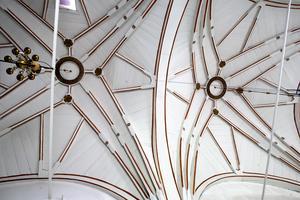 Stjärnvalv i Högs kyrka av trä,som ersatte de tidigare tegelvalven,  tillverkat 1702 av Måns Jonsson Granlund.