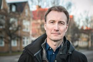 Tomas Bergström (L) är ordförande i Heby kommuns utbildningsnämnd.