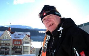 Att det inte skulle ha hänt något i Åres skidsystem på 30 år är ett befängt påstående, säger Nalle Hansson, som kan peka på investeringar i liftar, nedfarter och snösystem för många 100-tals miljoner under den tiden. Åre står sig mycket bra i en internationell jämförelse, anser han.