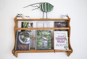 Trädgårdsböcker ger inspiration att odla frukt och grönsaker att servera  frukost