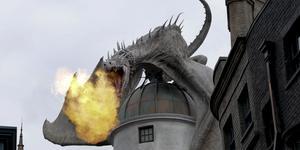 En drake vaktar Gringnotts Bank i Harry Potter. Arkivbild. Bild: John Raoux