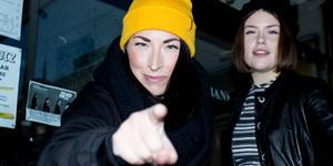 Åsa Nordquist och Daniela Wirén är två av arrangörerna i kollektivet Maskrosen, som ska börja arrangera spelningar på Bankiren. På lördag är premiären.