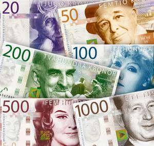 Regeringen vill lagstifta om att banker med en inlåning på över 70 miljarder kronor måste tillhandahålla kontanttjänster. Foto: TT