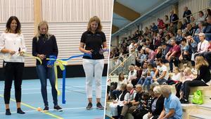 Frida Hansdotter klipper bandet tillsammans med kommunalråd Johanna Odö och Maria Engelfeldt, länsidrottschef i Västmanland.