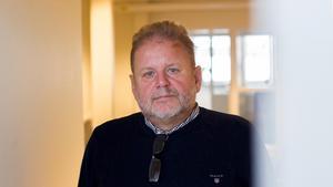 Det råder en stor oenighet om hur turerna runt Lars Wennerholms sjukskrivning hanterades.