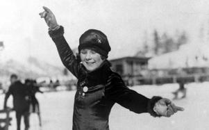 Sonja Henie på isen under OS i St Moritz 1928.