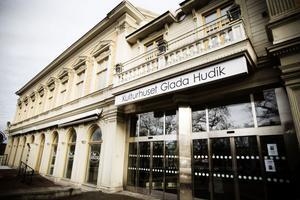 Hudiksvalls kommun kommer själv driva Kulturhuset Glada Hudik under 2013.