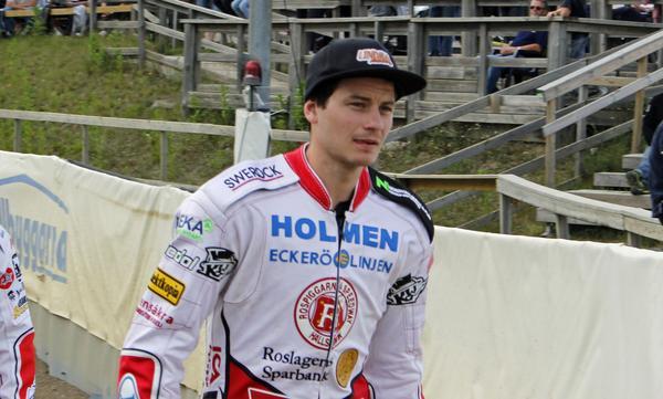 John Lindman har gjort sitt i Rospiggsvästen för den här gången. Mikael Teurnberg har bestämt sig för att byta ut honom mot Freddie Eriksson.