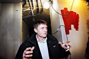 """OPTIMIST. Göran Ågren från Gävle kommuns näringslivsavdelning jobbar med ett projekt som ska få fart på solenergisatsningar i Gävleborg. """"Vi hoppas att det ska leda till nya arbetstillfällen"""", säger han."""
