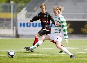 Överraskat. Simon Johansson gör sin första säsong i A-laget. Foto: per groth