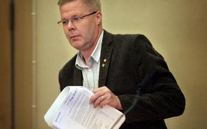 Leif Lindström (V) är kritisk mot hur folkvalda sverigedemokrater agerade på samrådsmötet.Foto: MIKALE ERIKSSON.