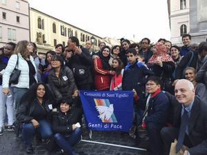 Flyktingar som har kommit till Italien via kyrkans