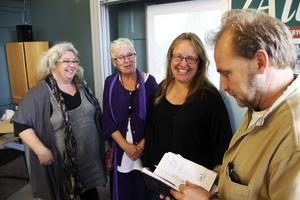 Carola Onelius, Carin Gisslén-Schönning, Lena Åkerlind och Anders Persson i Allis.