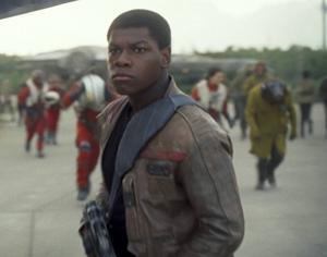 John Boyega som Finn, i