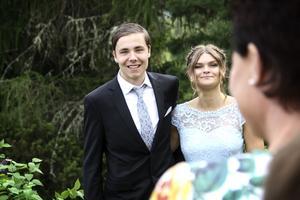 Markus Persson och Julia Norén sällde upp sig för gemensam fotografering.