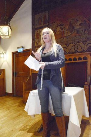 Storliens egen krögarprofil Lena Flaten är en av vinnarna i Årets Jämtlandsmeny. Vid prisutdelningen på torsdag kväll på Restaurang Hof berättade hon om sitt vinnande svampbröd.