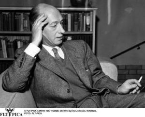 Litteraturkritikern. Eivind Johnson introducerade franska författare i Sverige.