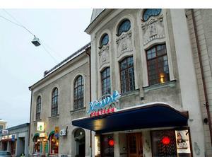 Nu blir det en ny tur kring ombyggnationerna av teaterlokalerna.