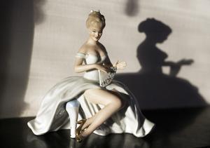 Liz-Beth har samlat på tyska Wallendorf-figuriner, numera på väg att bli riktigt värdefulla.