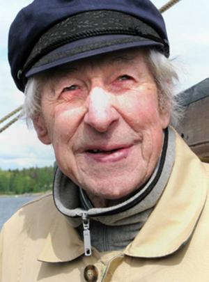 Axel  Lundgren
