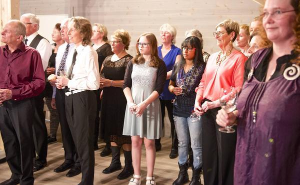 Nya Lärkorna hade sitt första uppträdande i lördags när skidanläggningen Kröket firade sitt 50-års jubileum.